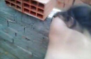 Ein Mädchen auf dem Dach pflanzen reife sexvideos