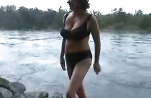 Nackt auf porno casting reife frauen dem Dach