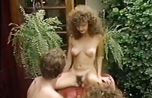 Touristen in den zwei schönen Frauen reife sex badoo des Resorts