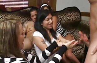 Leidenschaftliche Mutter mit affäre mit reifer frau zwei Erwachsenen